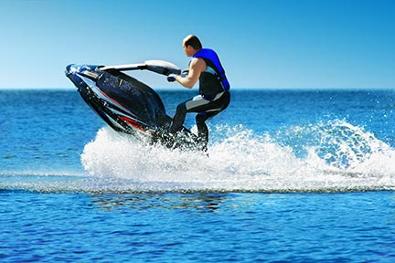 Many people like to do tricks on jet skis, however, these tricks often lead to injuries and boating accidents. Call a Beaumont boat accident attorney today to discuss your options.